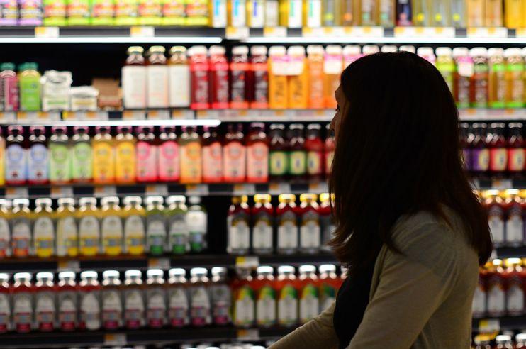 НаШри-Ланке женщинам разрешат покупать спирт