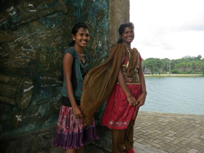 НаШри-Ланке возвратят запрет для женщин покупать спирт