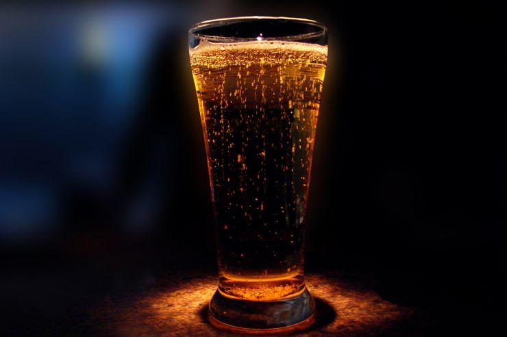В Омске снизилось производство пива и выросло количество безработных