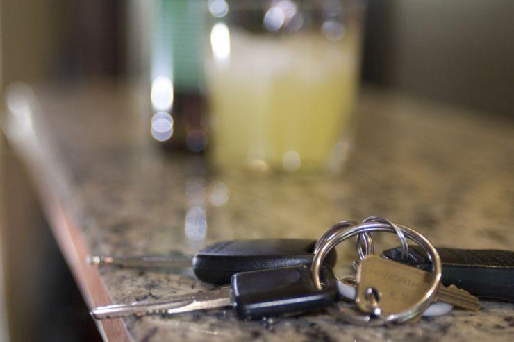В Латвию стали реже ездить за дешевым алкоголем