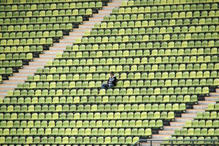 Роспотребнадзор высказался против продажи пива на стадионах
