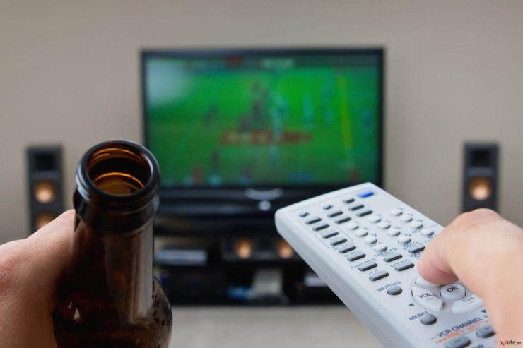 Рассмотрение законопроекта о возвращении рекламы пива на ТВ отложено