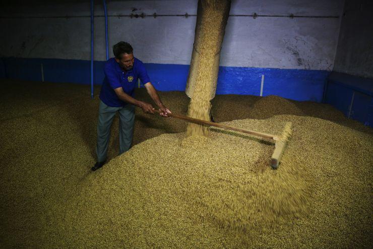 Как работает единственная пивоварня Пакистана