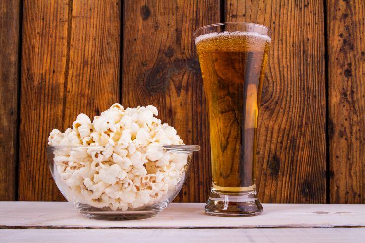 Какой фильм посмотреть с другом под пиво