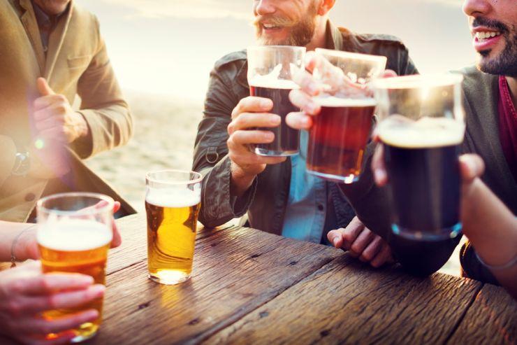 Инфографика: где в мире самое дорогое и самое дешёвое пиво
