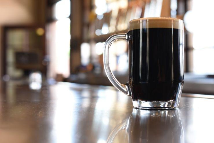 Москвичи тратят на пиво самую большую в мире часть дохода
