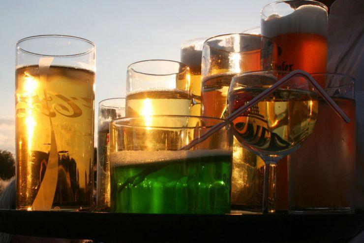 Новинки недели: зеленое пиво, морс и глинтвейн