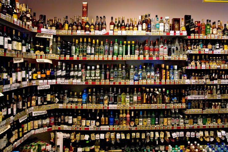 Жители немецкого городка скупили в магазинах всё пиво из-за неонацистов