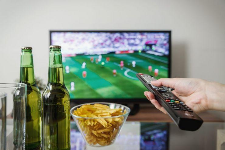 В Госдуму внесен законопроект, разрешающий рекламу пива в СМИ