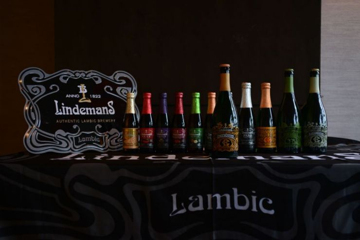"Dirk Lindemans: ""There is no difference in taste or quality between lambics added in wood and steel"""